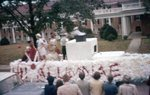 LU-257.081, Circus Float of a boat 1956
